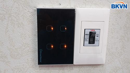 Công tắc điều khiển 4 kênh smarthome
