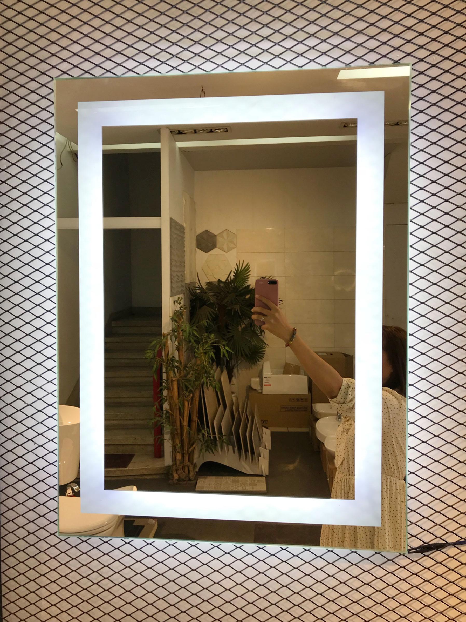 Gương đèn led chữ nhật vành trong ánh sáng trắng - MODEL 20019