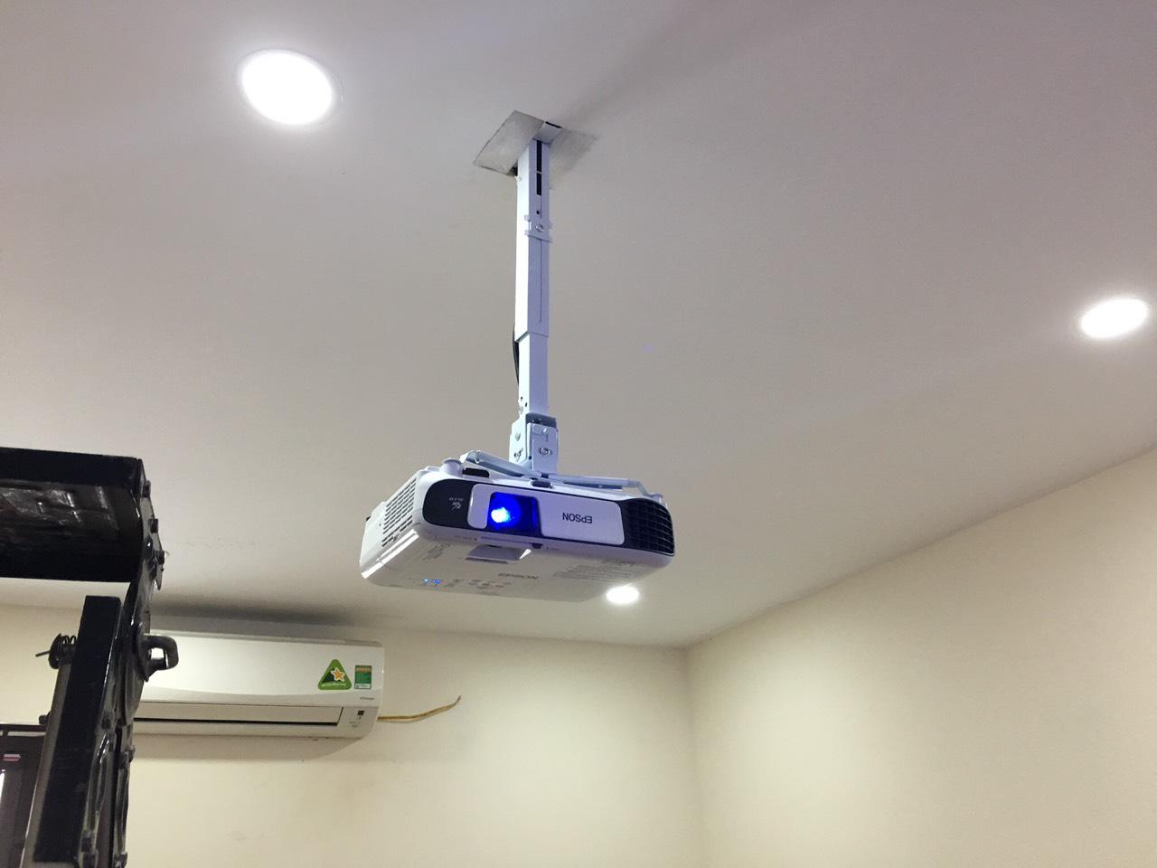 Dịch vụ lắp đặt máy chiếu tại quận Hoàng Mai