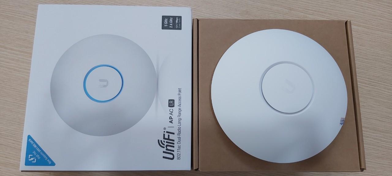 Bộ thu phát WIFI UNIFI AP AC LR