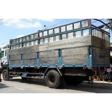 Cho thuê xe tải chở hàng ở Bình Dương