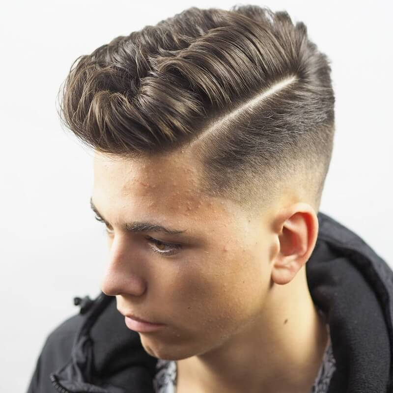 Side Part cạo thấp (Low Fade) 2 bên