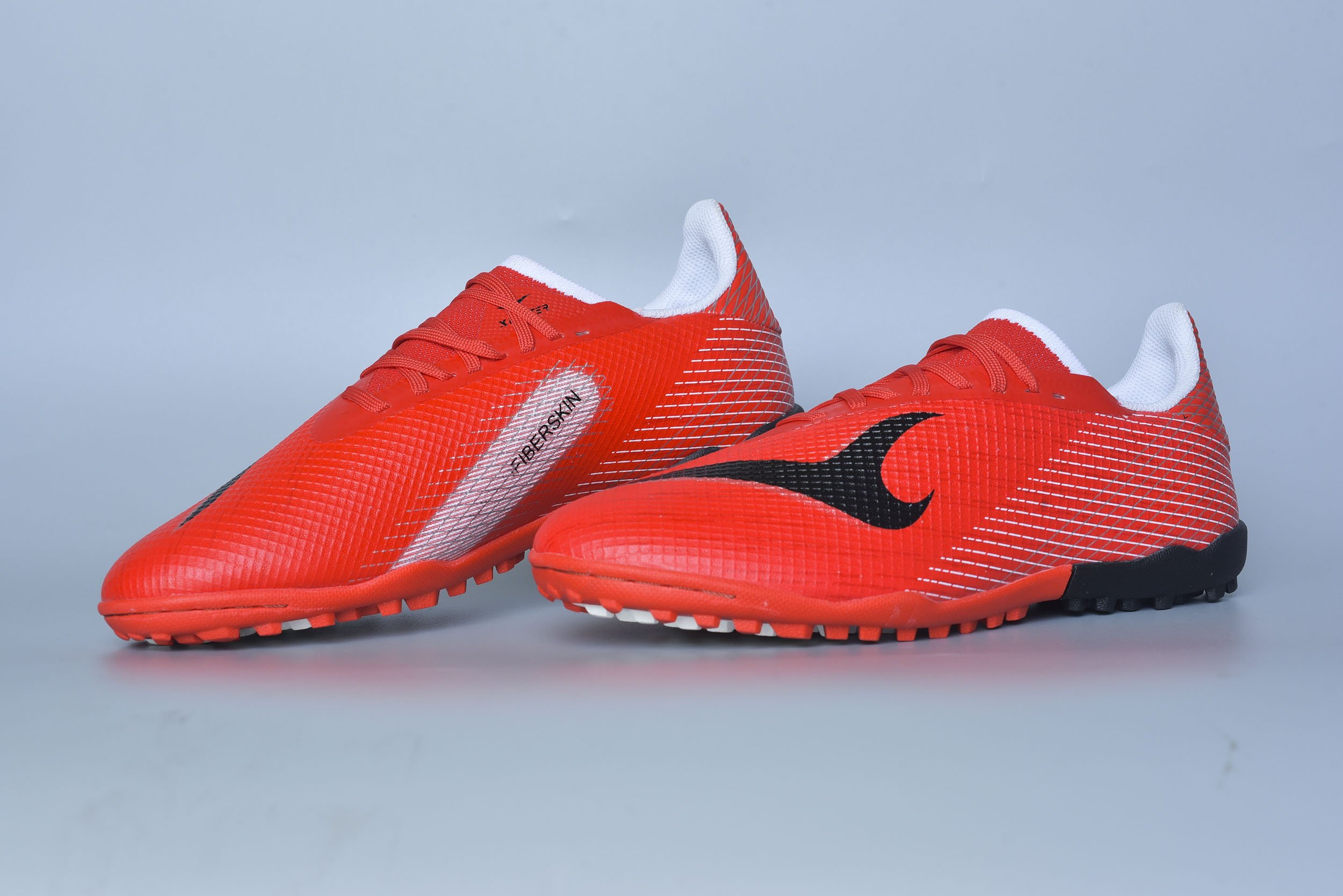 Giày đá banh Xfaster X  Eagle -TF- Đỏ/Đen