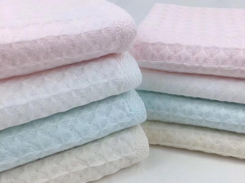 Khăn tắm màu Lotus