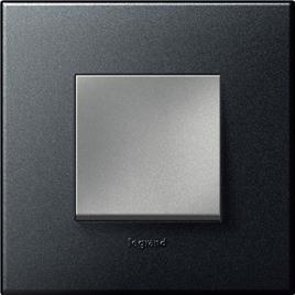 Bộ 1 thiết bị LEGRAND Arteor phím vuông