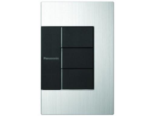 Bộ 3 công tắc điện Panasonic GEN-X WTFBP53572S-1-G mặt vuông 16A