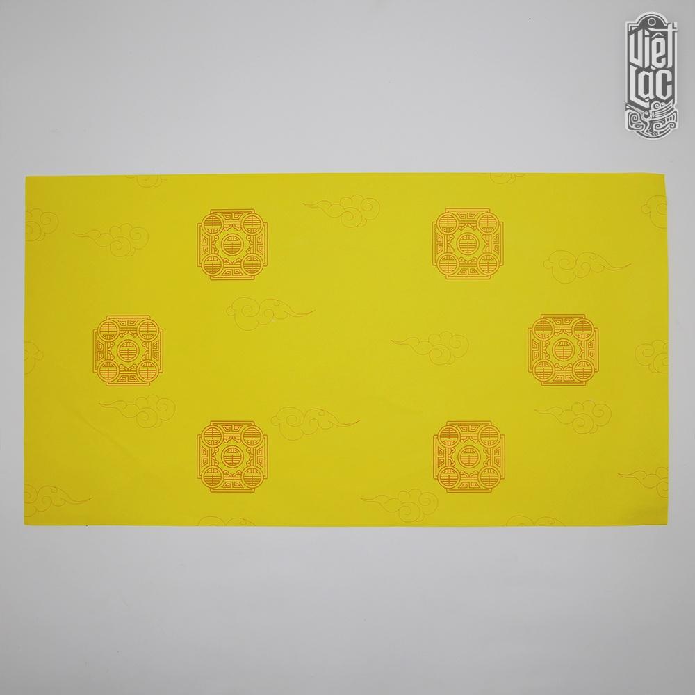 Giấy In Sớ Việt Lạc vân mây chữ thọ 30x55 cm 1000D60 nền vàng hai mặt