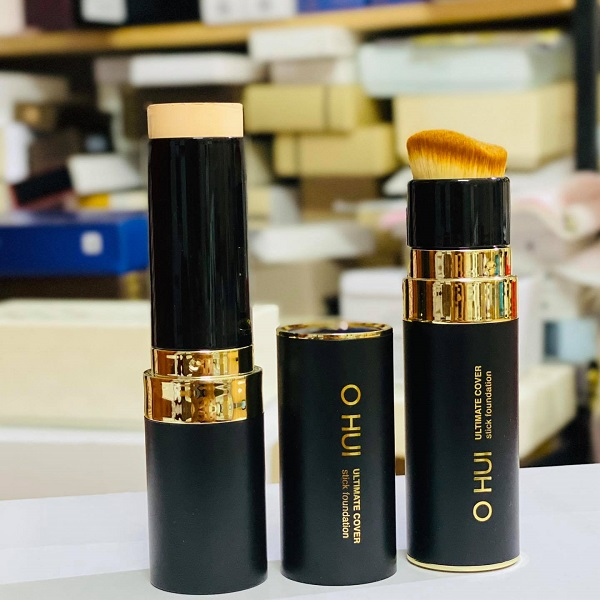 Kem nền che khuyết điểm OHUI Ultimate Cover Stick Foundation
