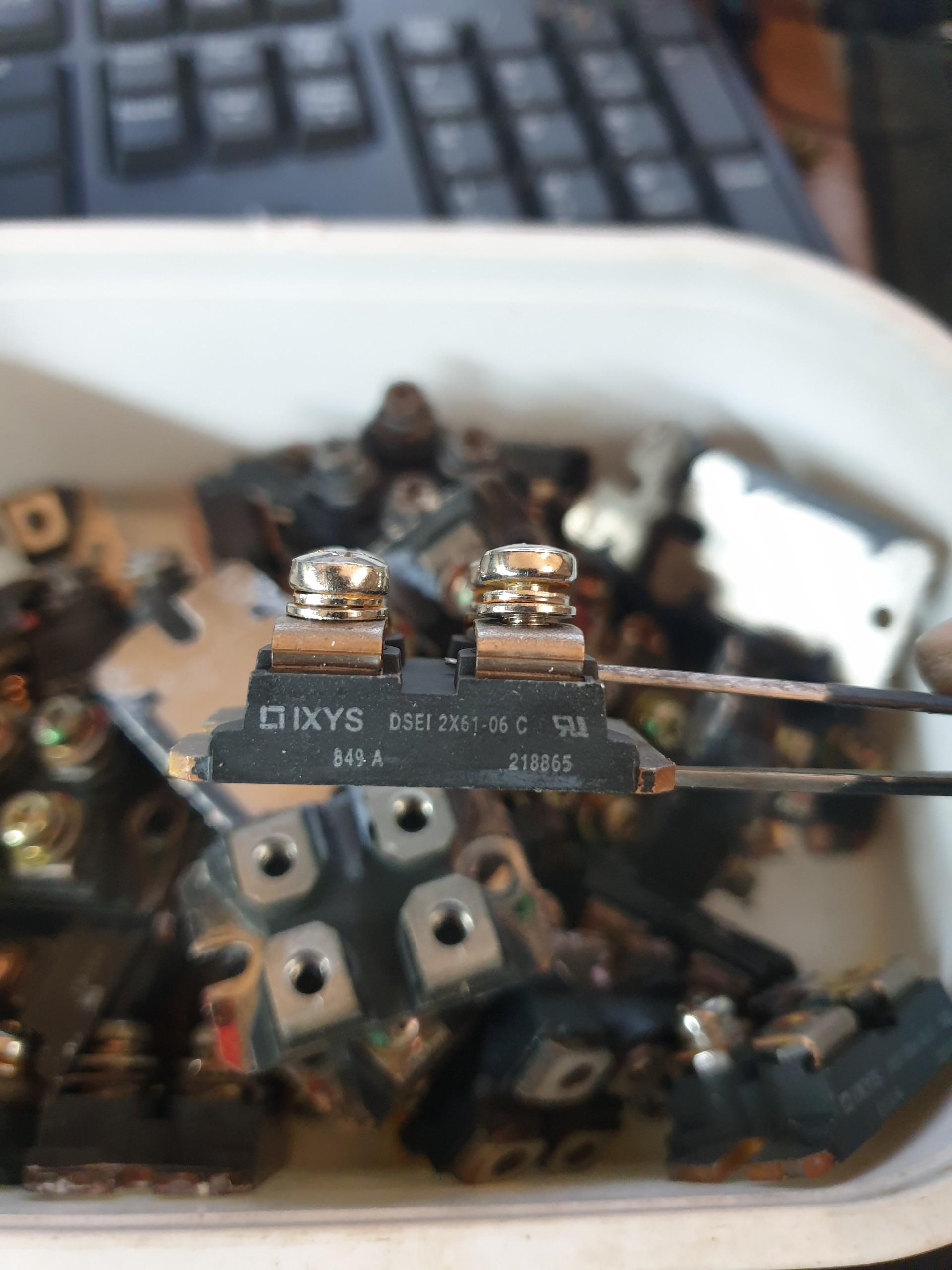 dsei2x61-06-diode-60a-600v