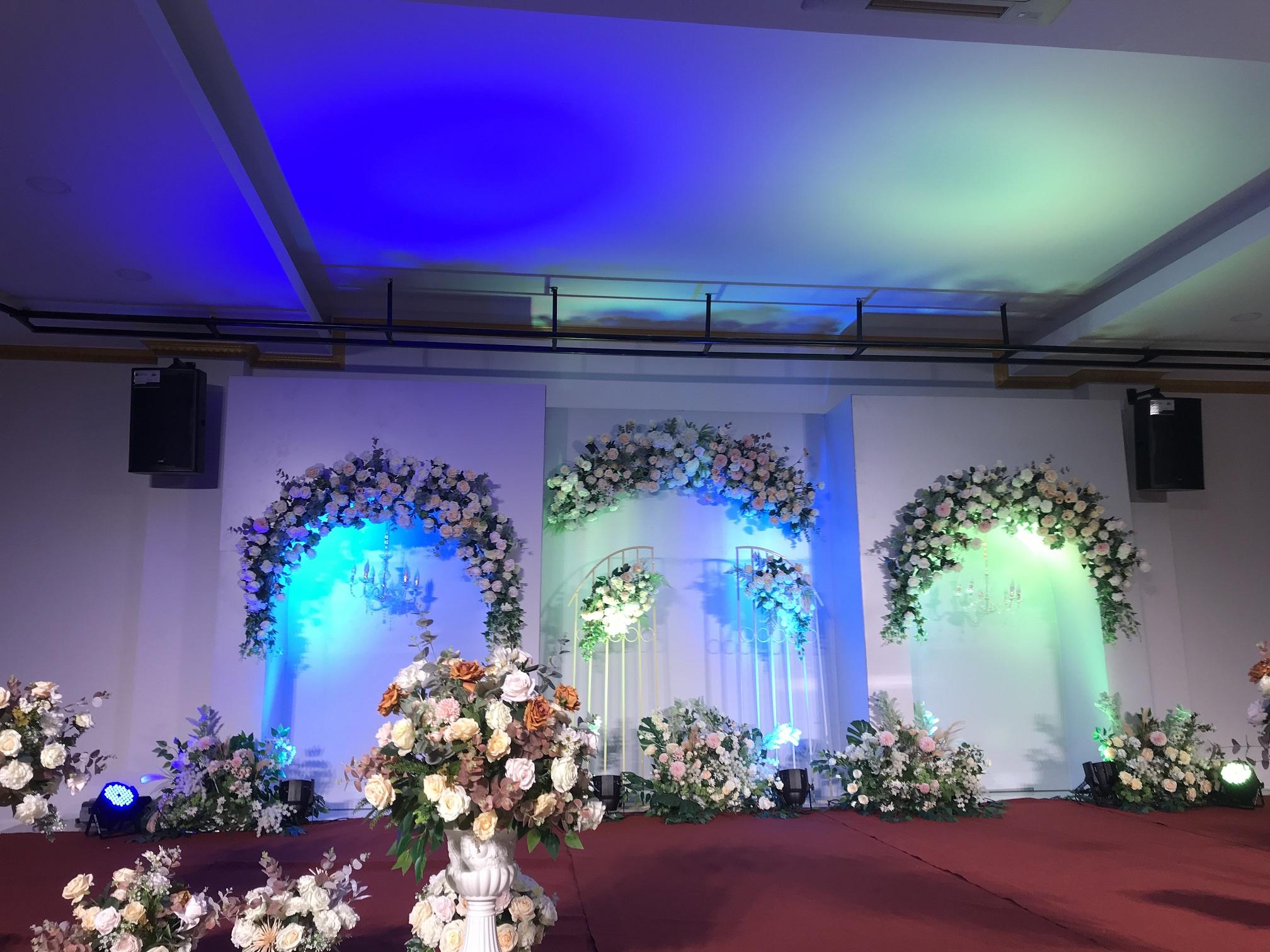 dàn âm thanh cho đám cưới