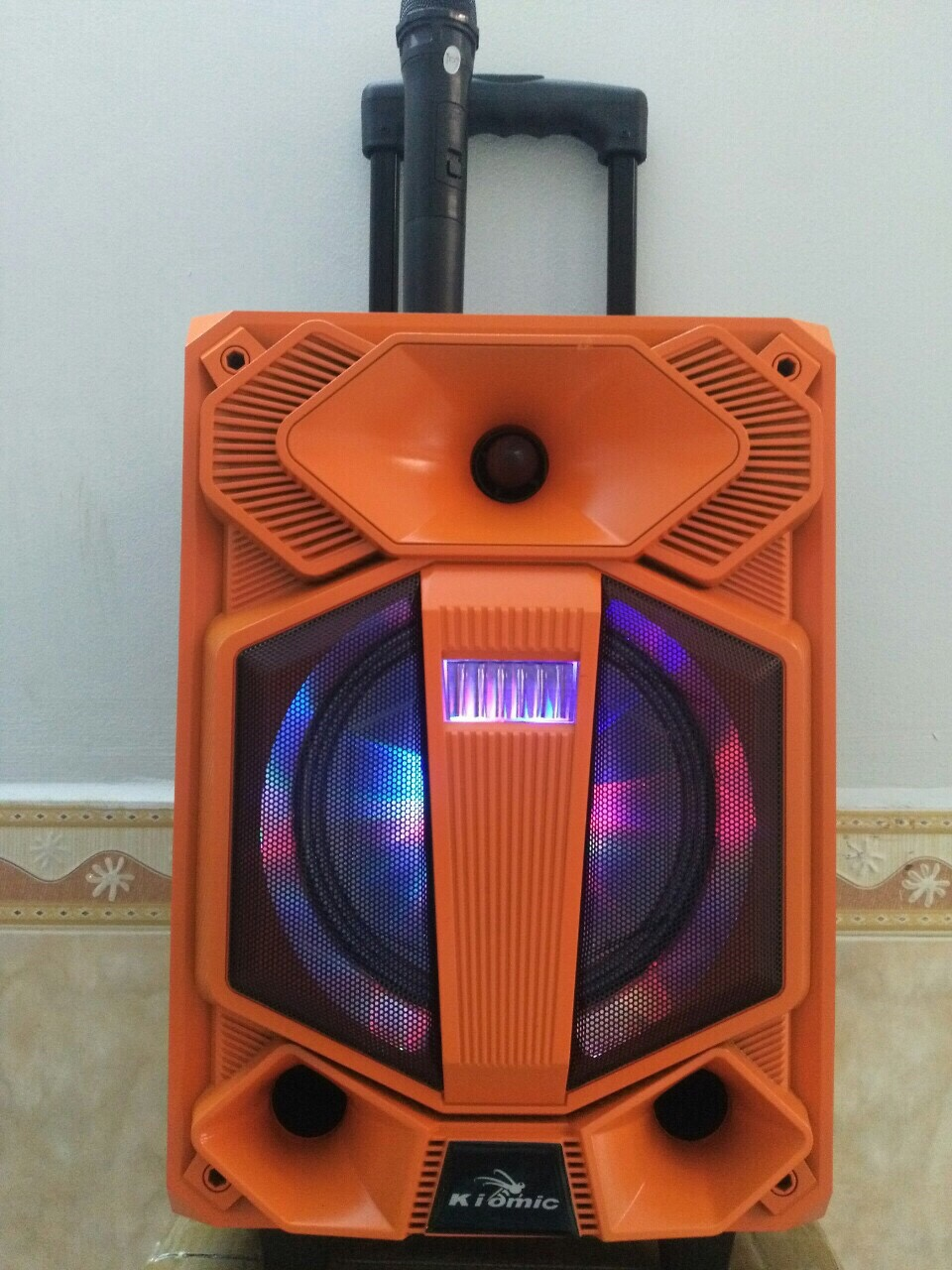Loa bluetooth kẹo kéo di động Kiomic L808 1 mic thùng gỗ cực hay - ayz2 giá sỉ và lẻ rẻ nhất