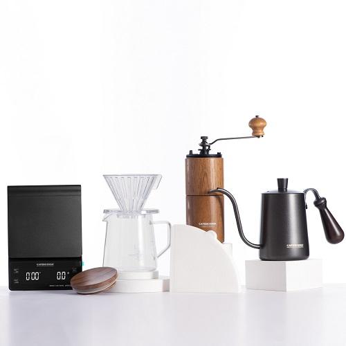 Combo bộ pha sản phẩm cà phê V60 01 hiện đại CAFEDE KONA 6 món (phễu+bình+giấy+cối+ấm+cân)