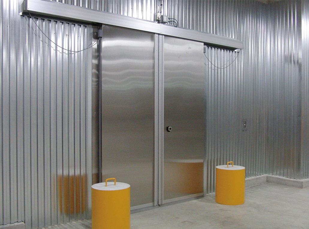 economy-barrier-insulated-door