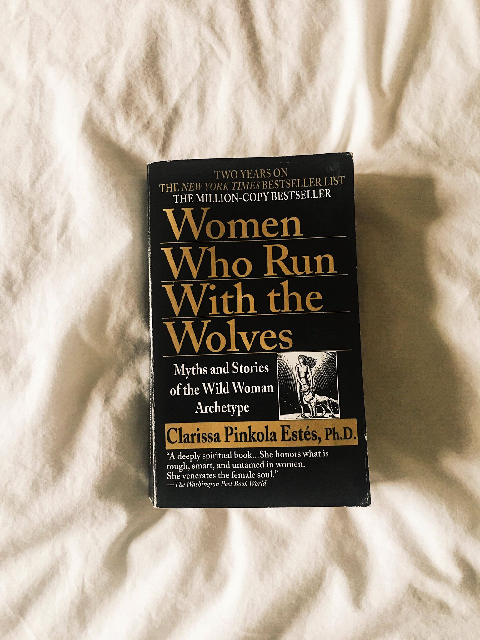 [Review] Women who Run With the Wolves by Clarissa Pinkola Estés Ph.D