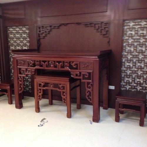 Mẫu bàn thờ gỗ Gụ : Như Ý HP05