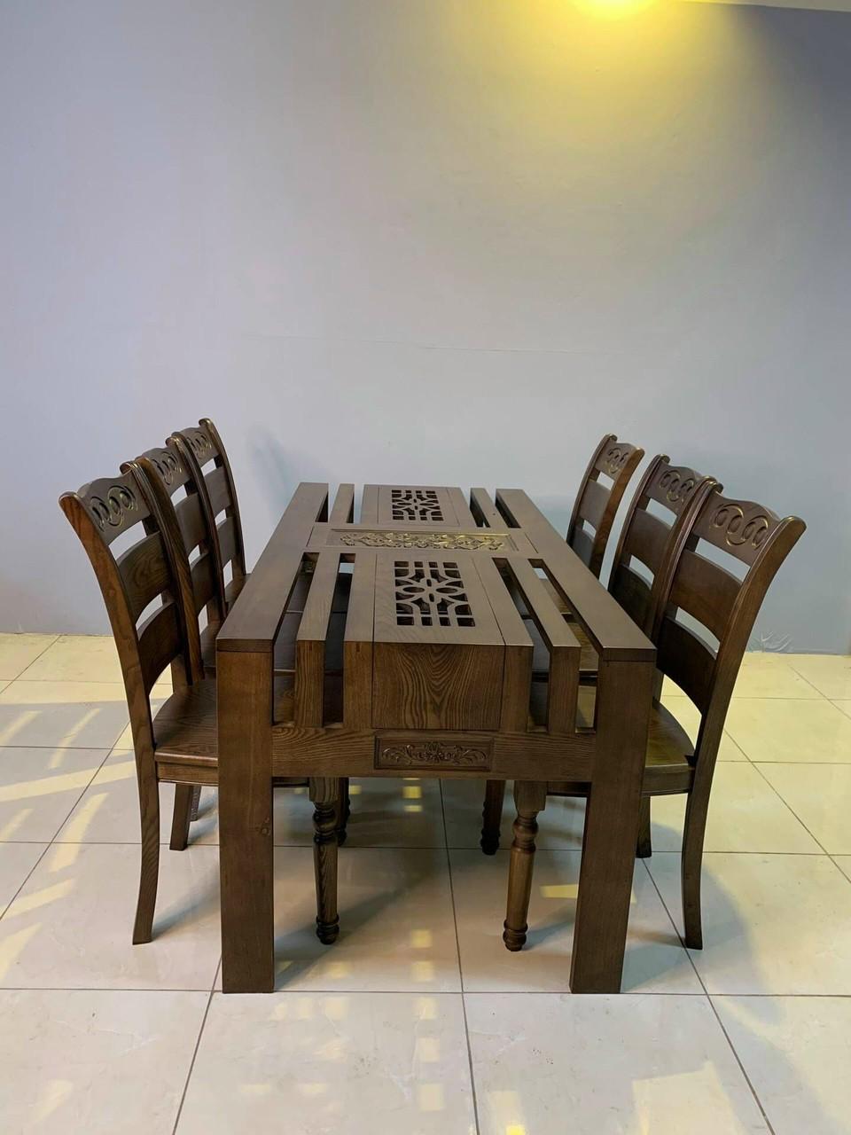 Bàn ghế ăn HP018