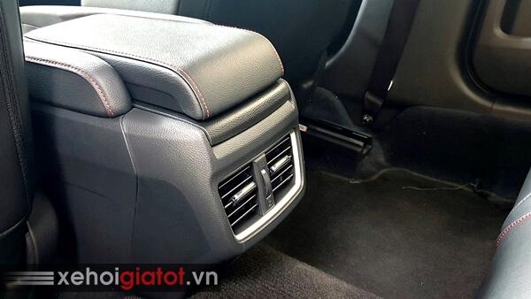 Điều hòa hàng ghế sau xe Honda Civic