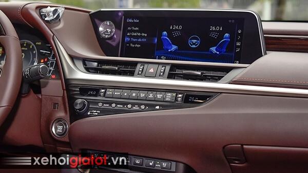 Bảng điều khiển trung tâm xe Lexus ES