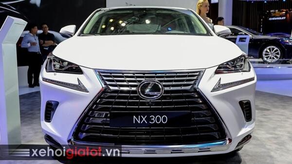 Đầu xe Lexus NX