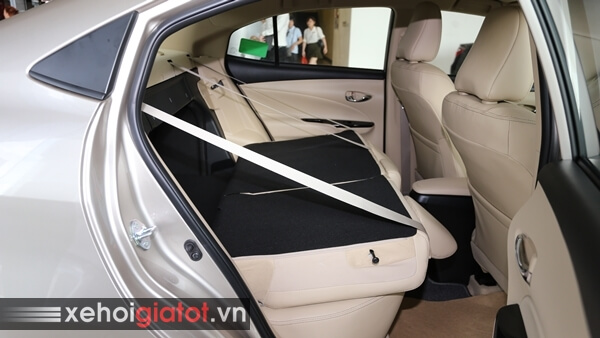 Gập hàng ghế sau xe Toyota Vios