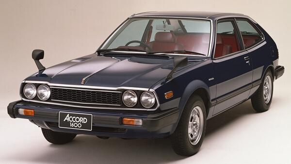 Honda Accord thê hệ đầu tiên