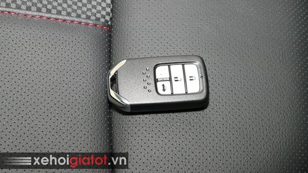 Chìa khóa xe Civic 1.5 RS