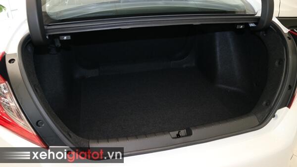 Cốp xe Civic 1.5 RS
