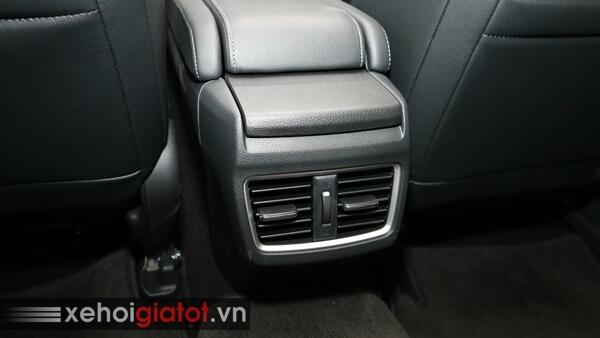 Điều hòa hàng ghế sau xe Civic 1.8 G