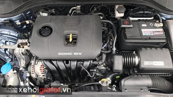Động cơ xe Hyundai Elantra 2.0 AT 2017 cũ