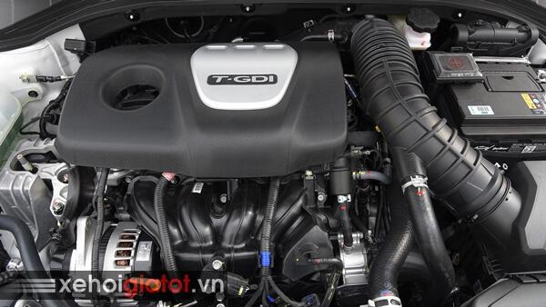 Động cơ xe Hyundai Elantra Sport 1.6 Turbo 2018 cũ
