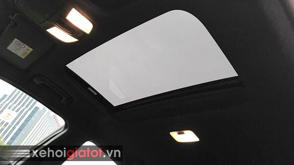 Cửa sổ trời xe Hyundai Elantra Sport 1.6 Turbo 2018 cũ