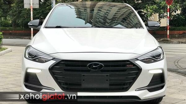 Đầu xe Hyundai Elantra Sport 1.6 Turbo 2018 cũ
