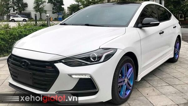 Ngoại thất xe Hyundai Elantra Sport 1.6 Turbo 2018 cũ