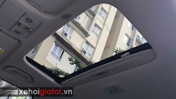 Cửa sổ trời xe Kia Cerato 1.6 AT 2017 cũ