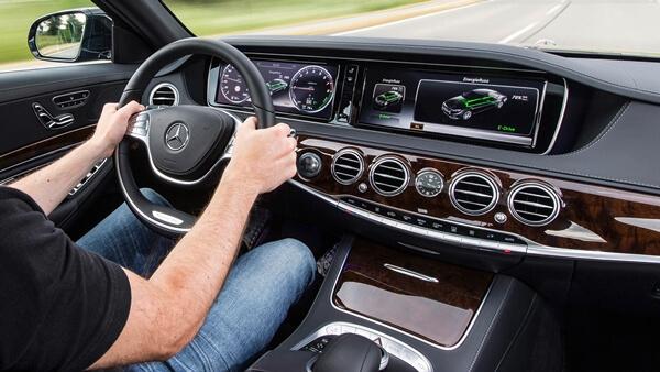 Đăng ký lái thử xe Mercedes