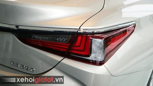 Cụm đèn hậu xe Lexus ES 250