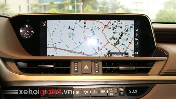 Màn hình giải trí xe Lexus ES 250