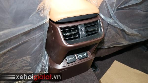 Điều hòa hàng ghế sau xe Lexus ES 250