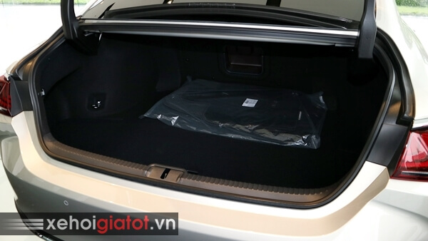 Cốp xe Lexus ES 250