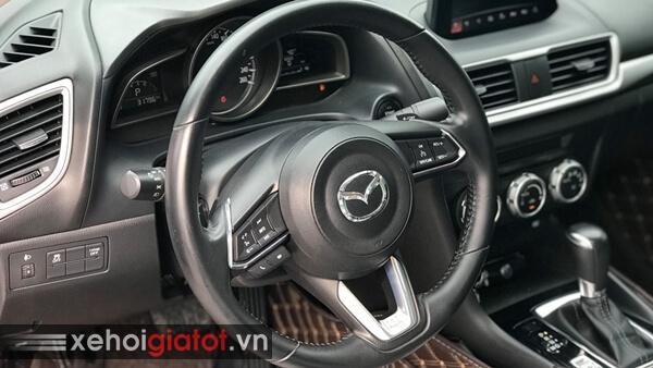 Vô lăng xe Mazda 3 Sedan 1.5 AT 2017 cũ