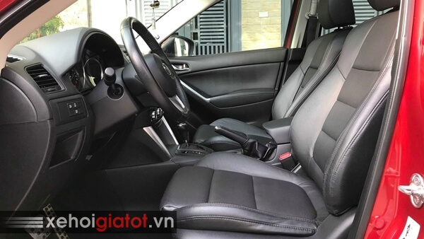 Hàng ghế trước xe Mazda CX-5 2.0 AT 2015 cũ