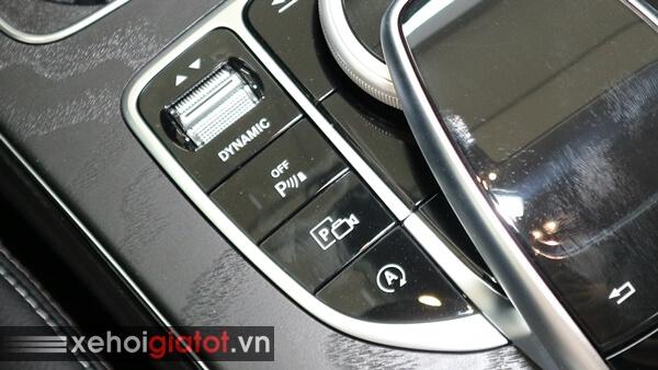 Chế độ giữ phanh tự động xe Mercedes C200