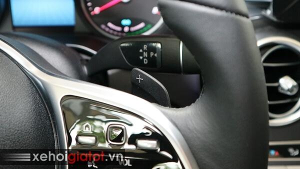 Lẫy chuyển số sau vô lăng xe Mercedes C200