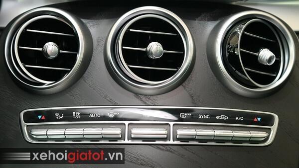 Hệ thống điều hòa xe Mercedes C200