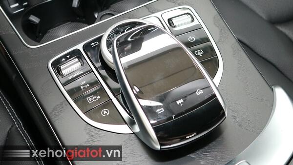 Touchpad cảm ứng xe Mercedes C200
