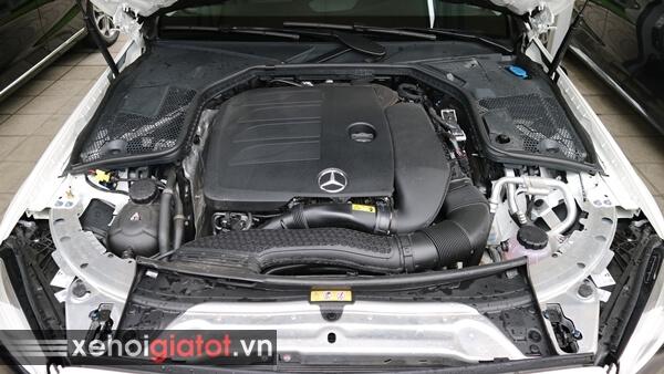 Động cơ xe Mercedes C200
