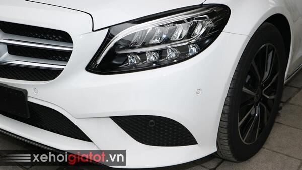 Cụm đèn trước xe Mercedes C200