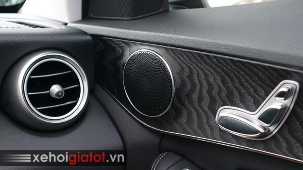 Dàn âm thanh xe Mercedes C200