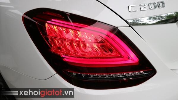 Cụm đèn hậu xe Mercedes C200