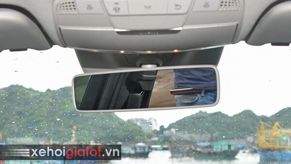Gương chiếu hậu trong xe Mercedes C200 Exclusive